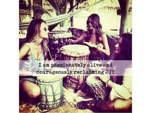 women drum
